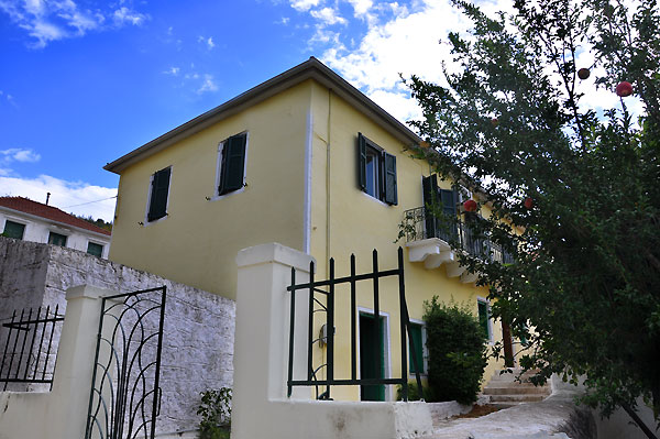 Traditional House for Sale - ID-26VAT